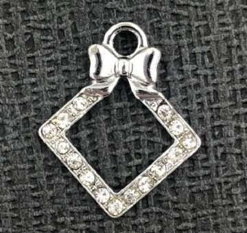 Crystal square with bow charm - rhodium - 17mm x 21mm